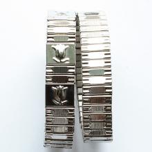 Широкий стальной браслет с тюльпанами 15-19 мм.